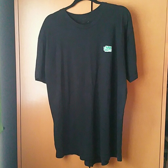 Casual Industrees Other - Casual Industrees Men's 2XL T-SHIRT WA LOGO